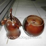 Toples kayu jambu air